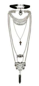 Velvet Choker and Charm necklace set 36.00euros